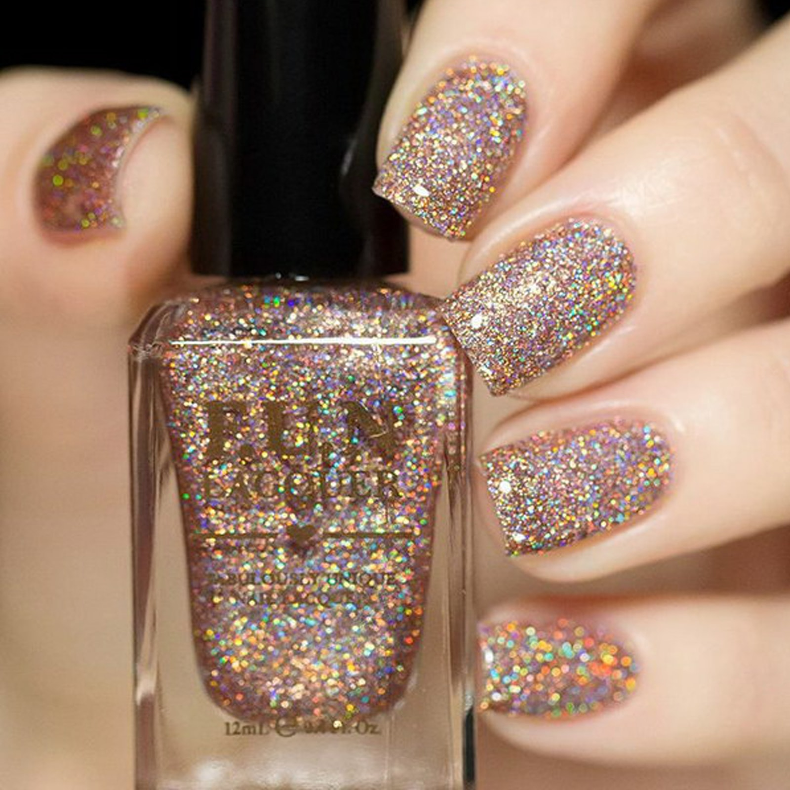 bronze-holographic-glitter-nail-polish-with-stylish-look