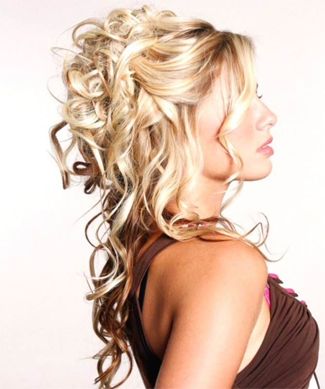 updos-hairstyles-min