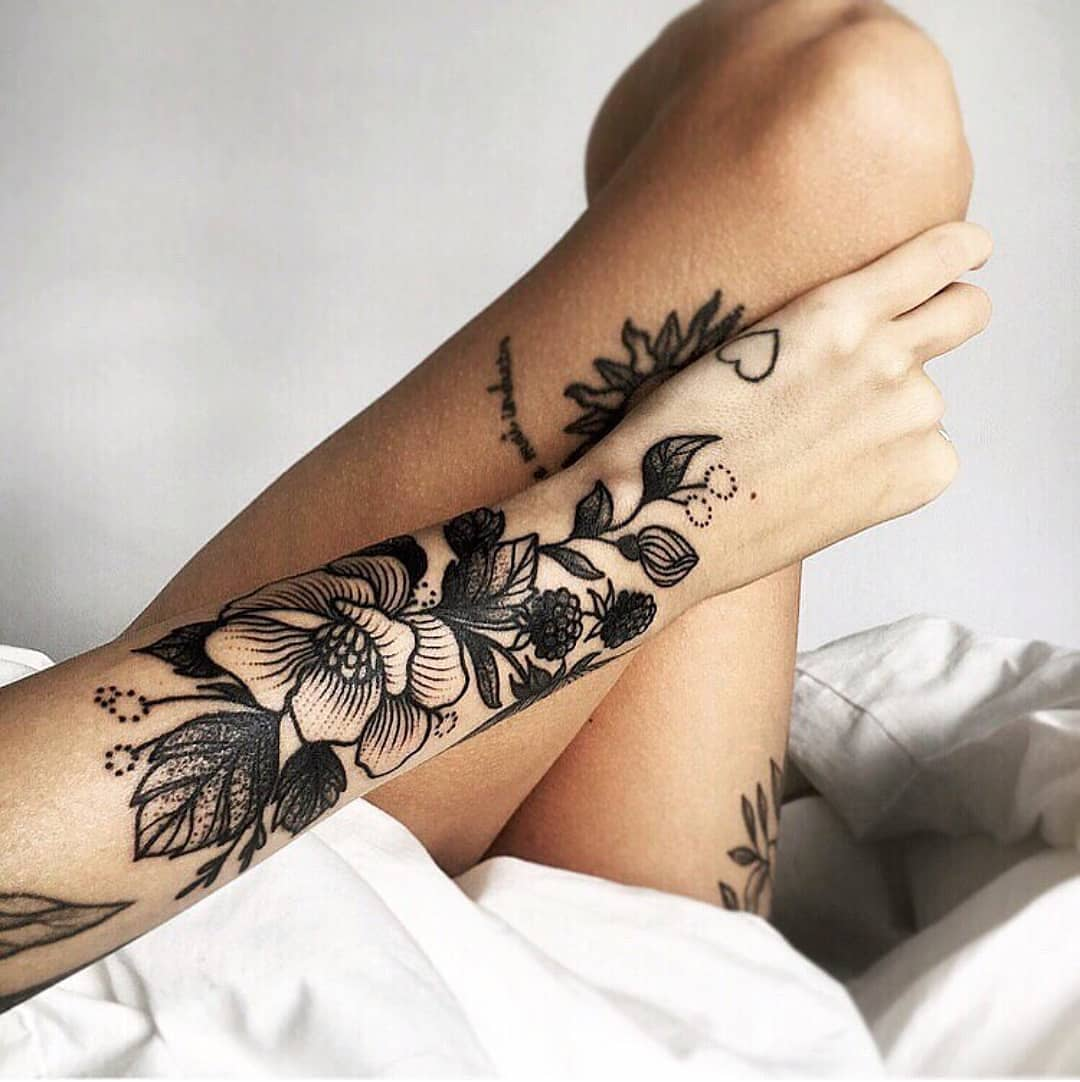 black rose tattoo - rose tattoo design ideas