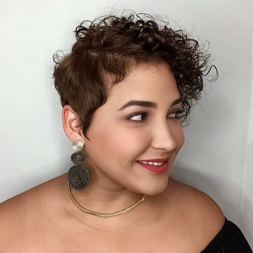 Hairstyles for Fat Faced Women