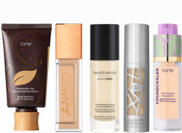 Top 10 Liquid Foundations to Get a Gorgeous Look